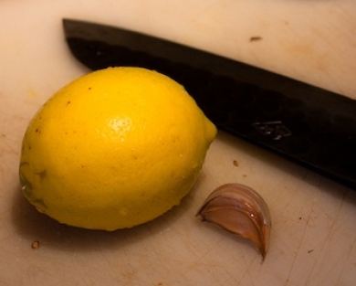 Lemon, Garlic, Knife